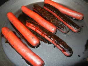 YUMMY Burnt Hot Dogs