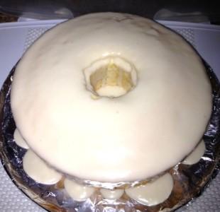 Angel food Cake Vanilla Glaze